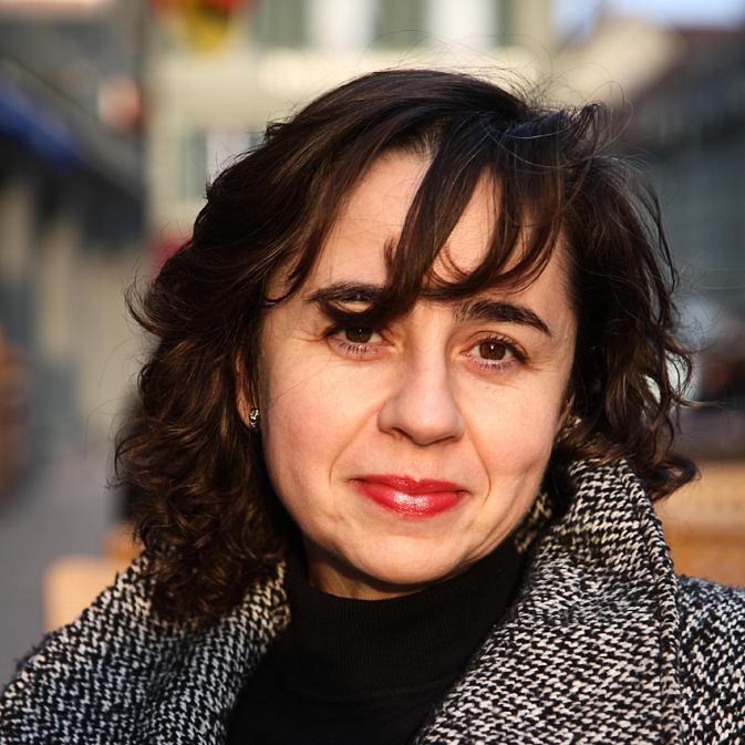 LUISA LARA
