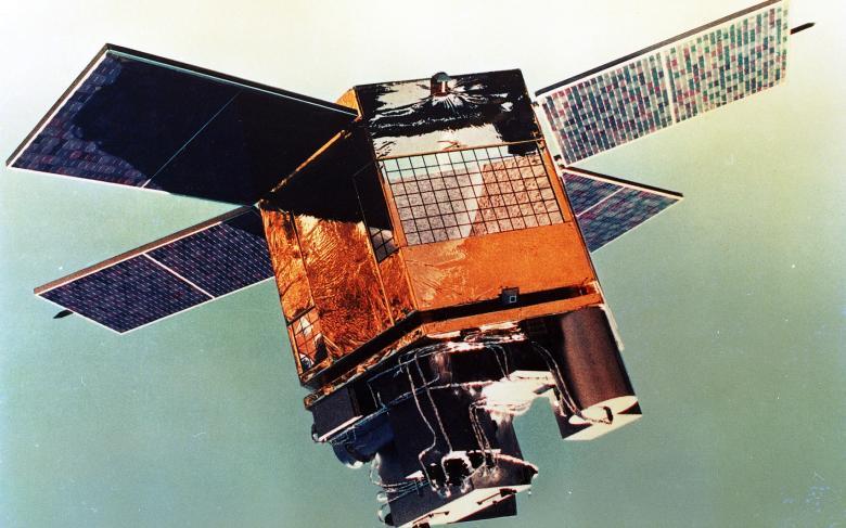 MiniSat, el primer satélite español, con sello de SENER